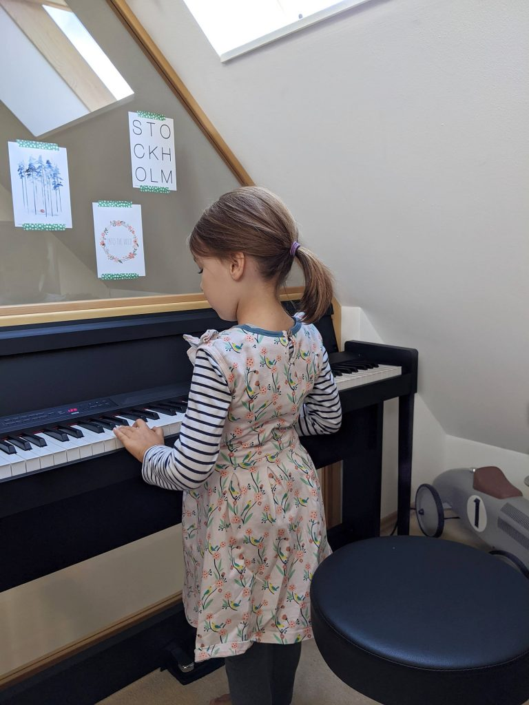 Kindern Klavier beibringen Tipps