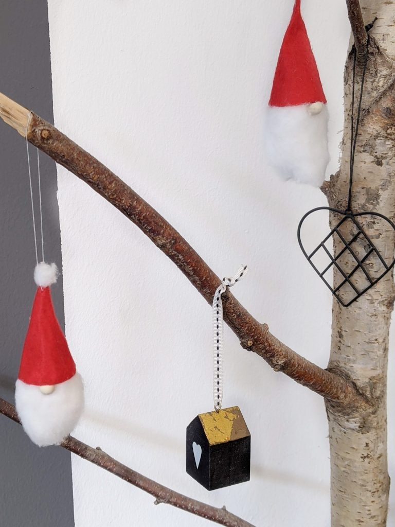 Wichtel-Anhänger basteln Weihnachten