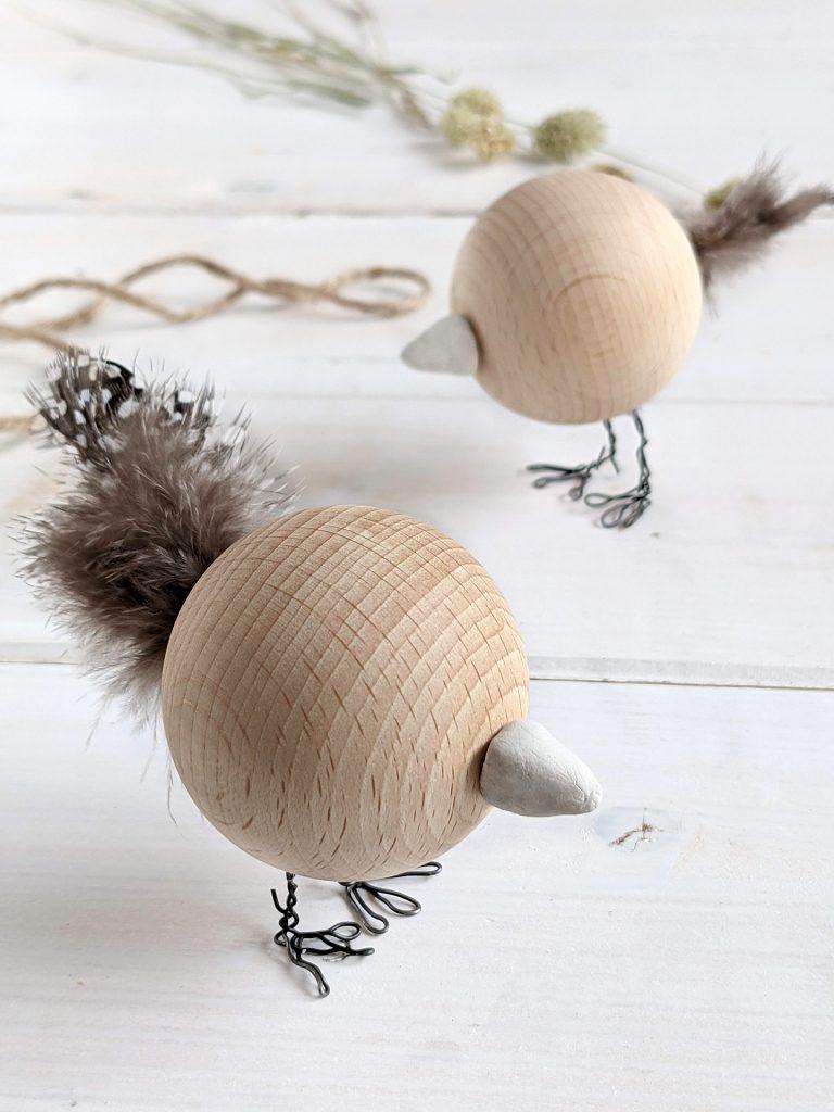 Holzkugel-Vogel basteln