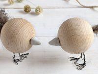 DIY: Holzkugel-Vogel als Frühlingsdeko